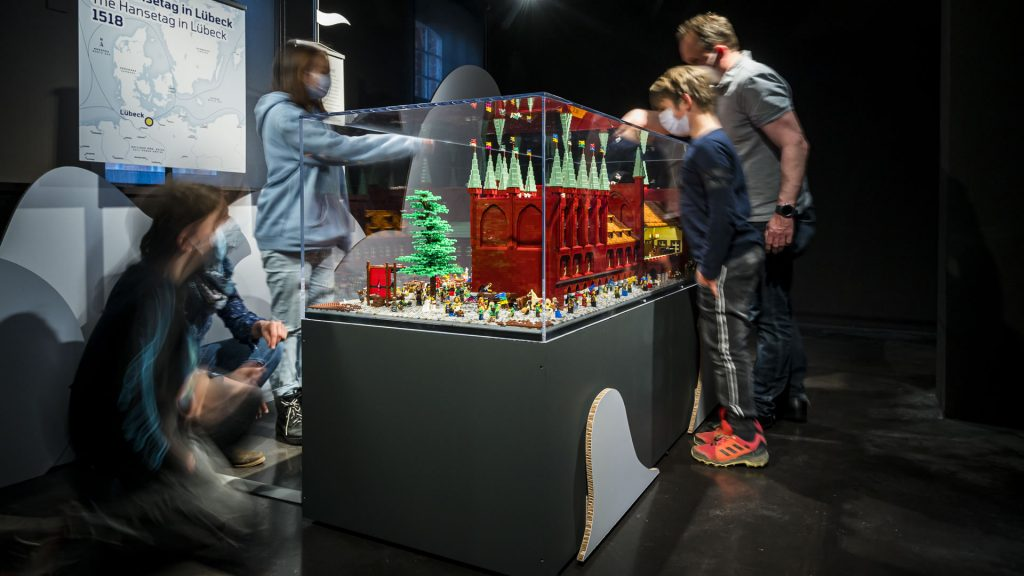 "LEGO-Diorama ""Der Hansetag in Lübeck, 1518"""