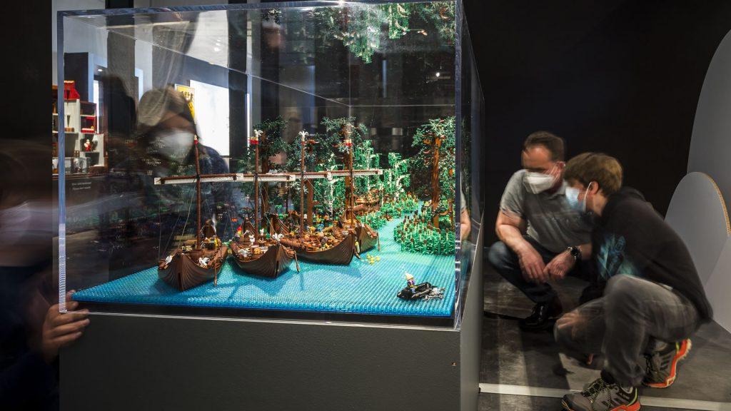 """LEGO-Diorama """"An der Newa"""""""