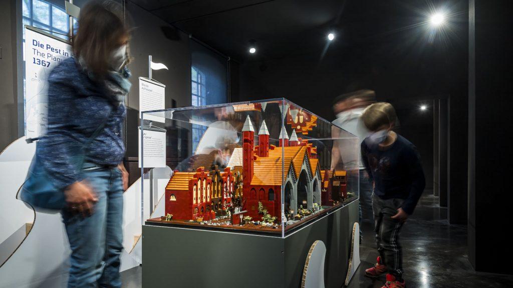 "LEGO-Diorama ""Die Pest in Lübeck"""